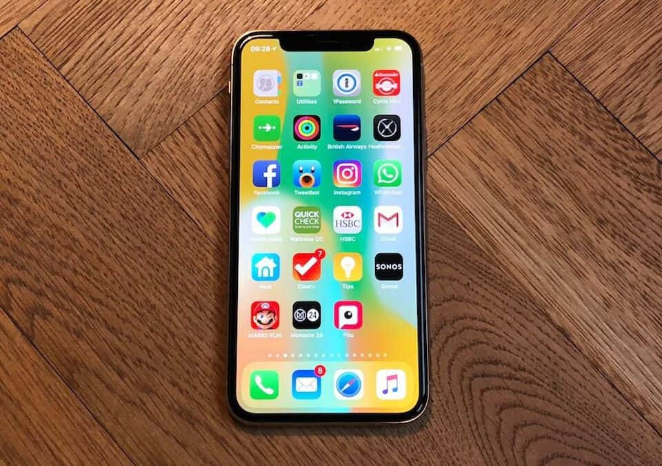 iPhone X screen frozen and can't turn off | How to turn off iPhone X